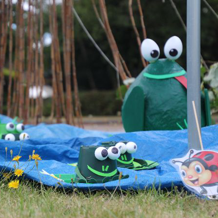 The frog scene for Tadley Scarecrow Trail
